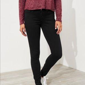 Black supper skinny jeans
